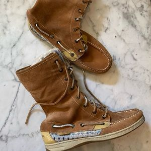 Size 8.5 Sperry boots